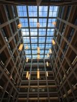 Auch in der Innenarchitektur wird Metallbau eingesetzt