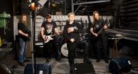 ...und natürlich die Heavy Metal-Band Oblivian