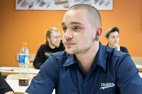 Metallbau-Schüler Hans-Jakob im Unterricht