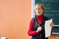 Berufsschullehrerin Frau Hase im Unterricht